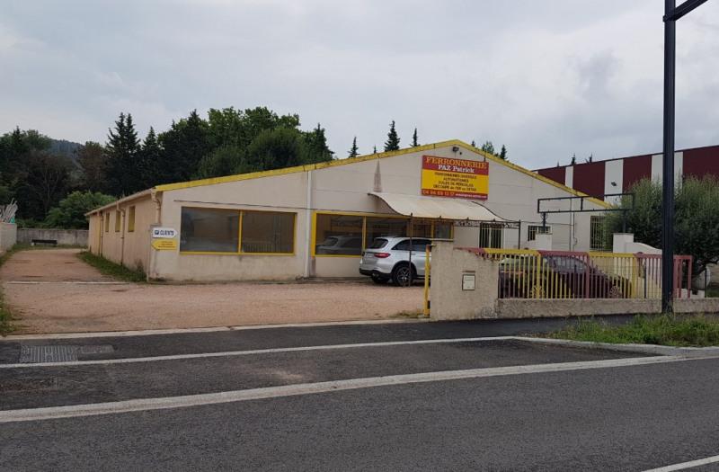 Affitto locale Brignoles 4740€ CC - Fotografia 3