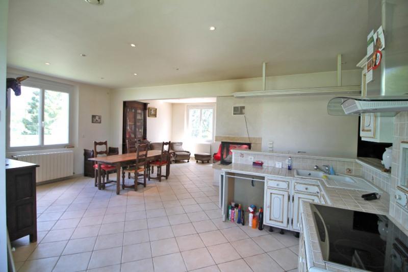 Vente maison / villa La chartre sur le loir 150950€ - Photo 2