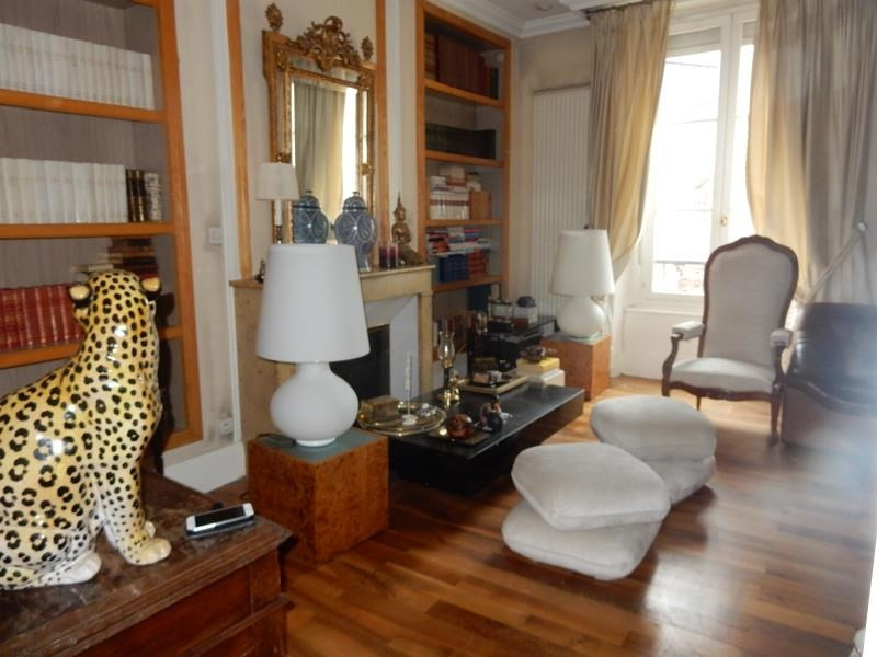 Sale apartment Grenoble 290 000€ - Picture 1