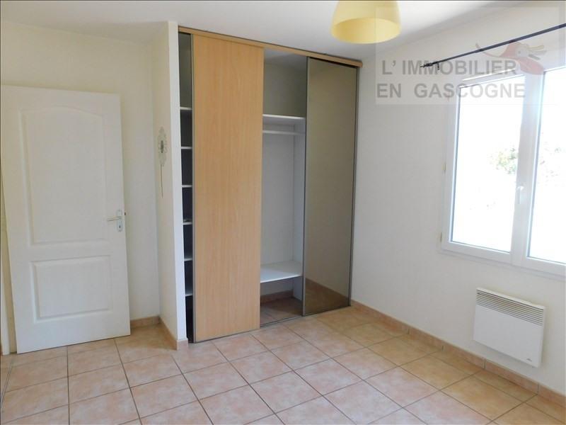 Location maison / villa Preignan 729€ CC - Photo 6