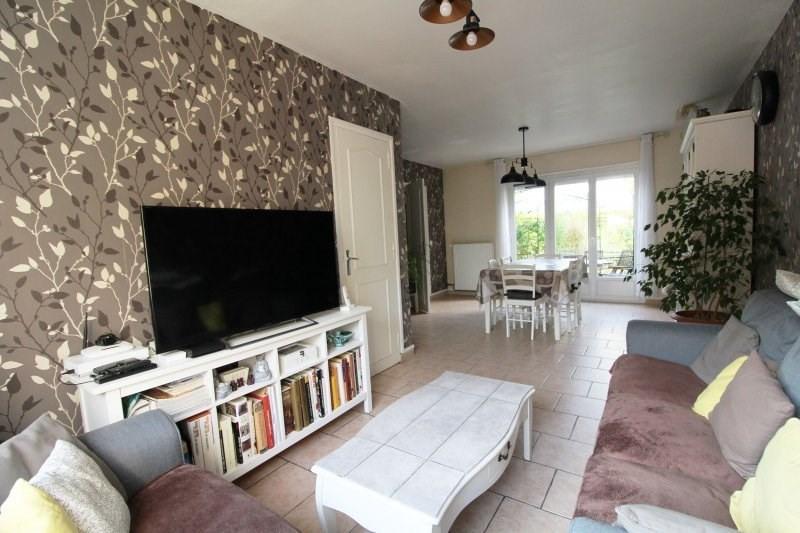 Sale house / villa Maurepas 325000€ - Picture 2