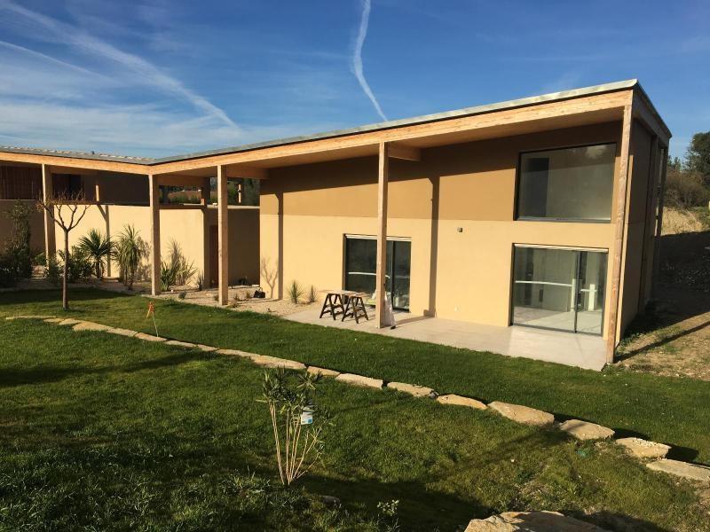 Location maison / villa Aix en provence 2550€ CC - Photo 1