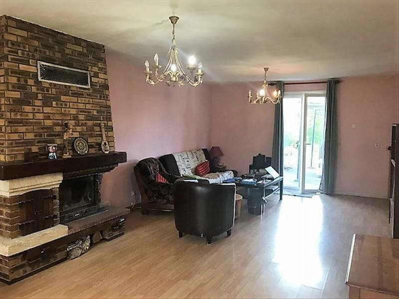 Sale house / villa Chaumont en vexin 148600€ - Picture 2