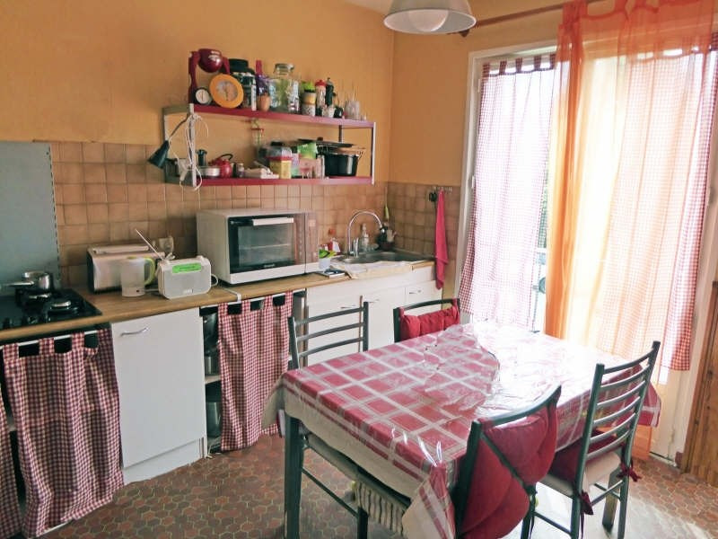 Location maison / villa Maurepas 1252€ CC - Photo 3
