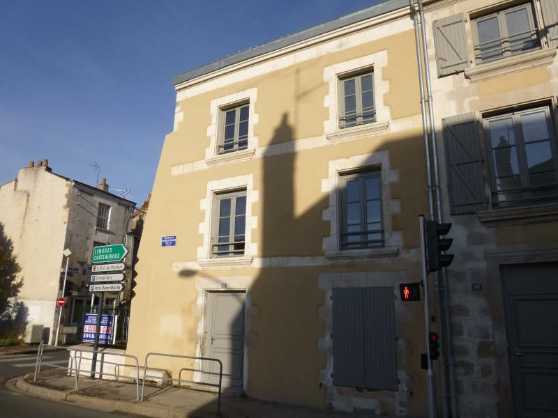 Rental apartment Poitiers 779€ CC - Picture 1