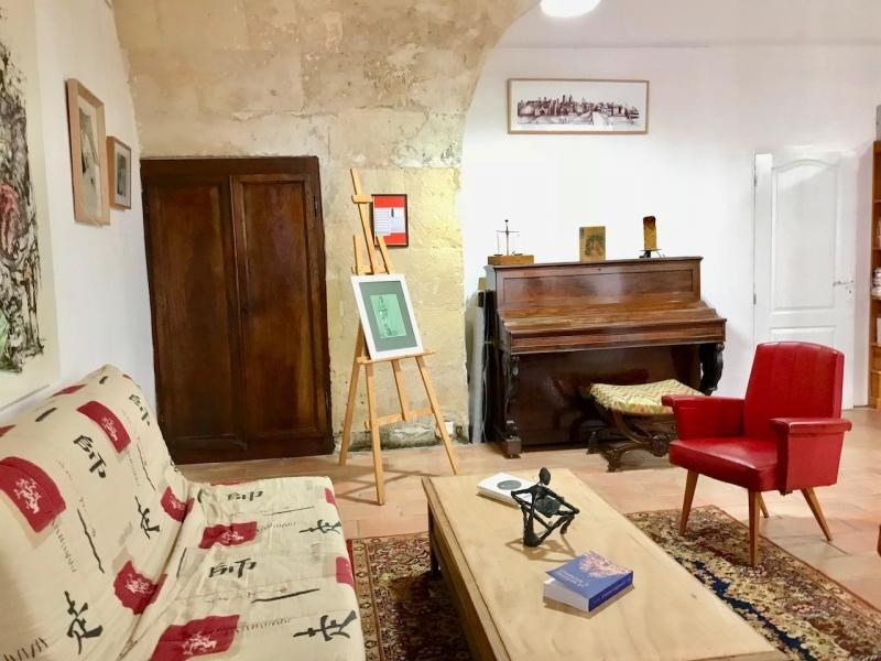Sale apartment Arles 340 000€ - Picture 2