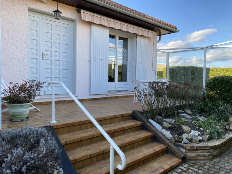 Sale house / villa Saint-clair-du-rhône 378000€ - Picture 2