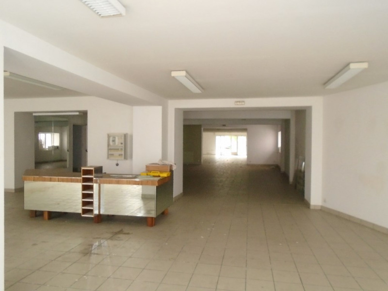 Sale empty room/storage Oloron sainte marie 273000€ - Picture 1