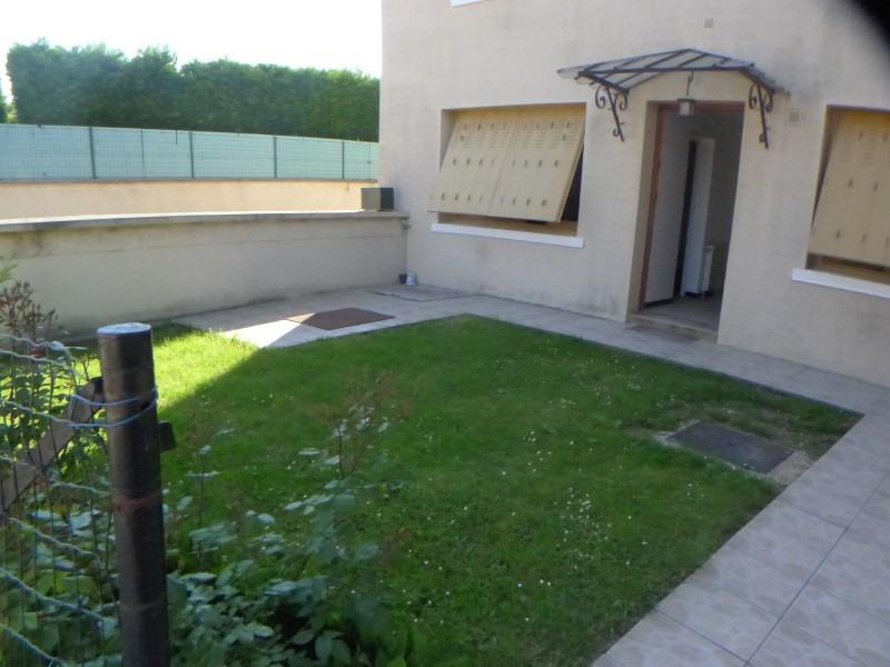 Affitto casa Solaize 816€ CC - Fotografia 1