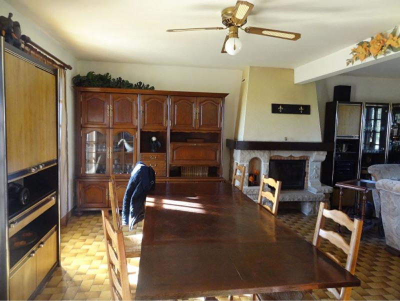 Sale house / villa Mael carhaix 190500€ - Picture 6