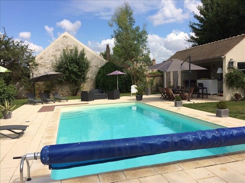 Deluxe sale house / villa Montfort l amaury 1250000€ - Picture 3