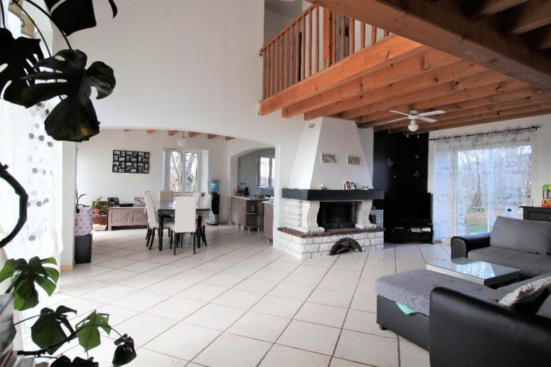 Sale house / villa Avressieux 220000€ - Picture 4