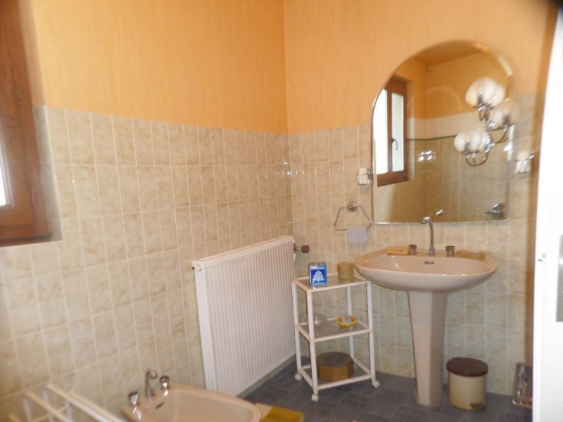 Sale house / villa Le beage 199 000€ - Picture 9