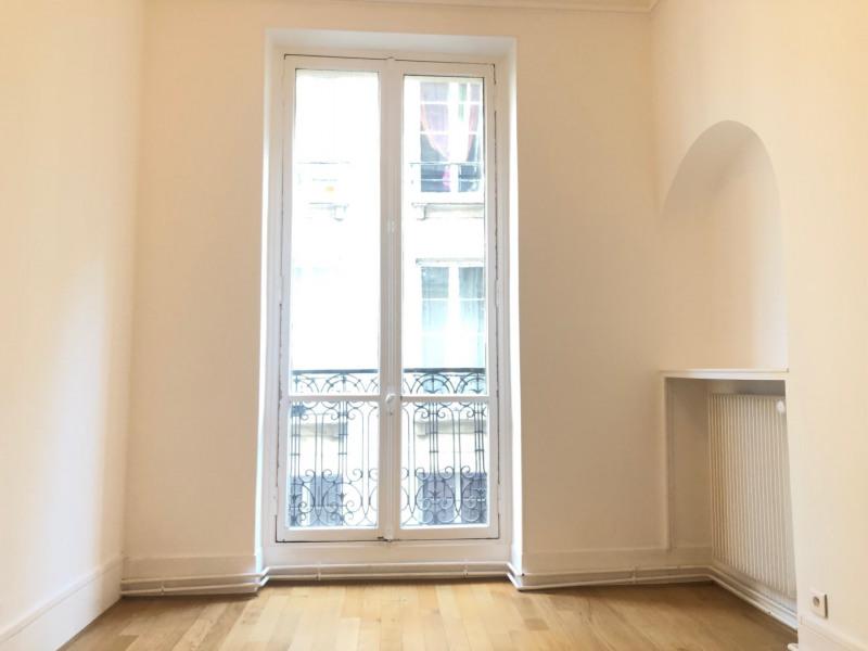 Rental apartment Paris 3ème 2362€ CC - Picture 4