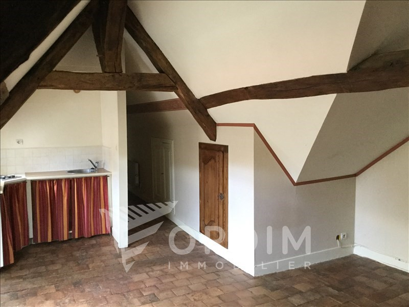 Location appartement Toucy 315€ CC - Photo 1
