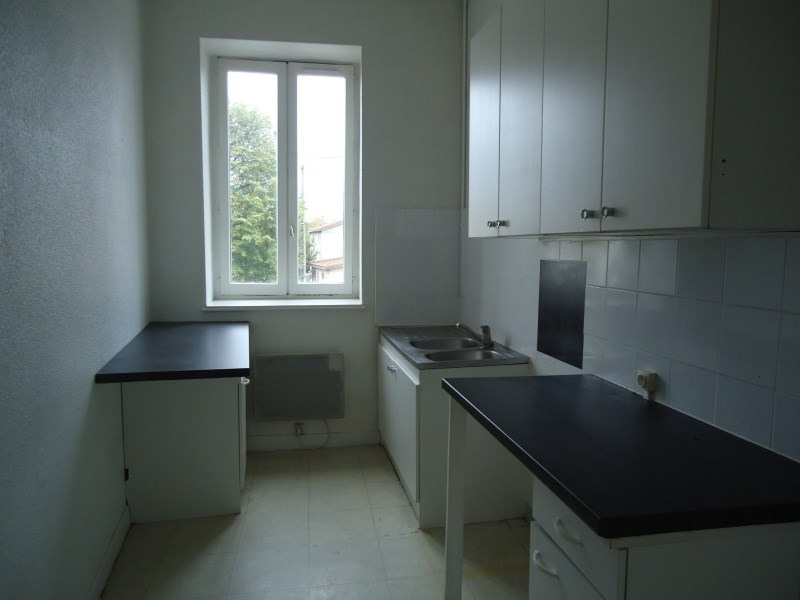 Location appartement Loyettes 450€ CC - Photo 1