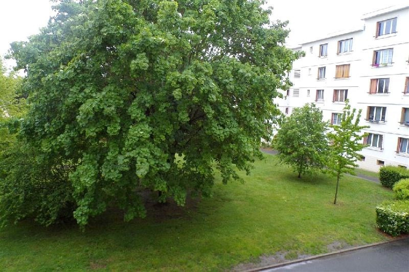 Sale apartment Ste genevieve des bois 166620€ - Picture 6