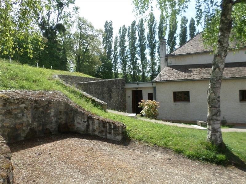 Location maison / villa Chapelle viviers 490€ CC - Photo 1