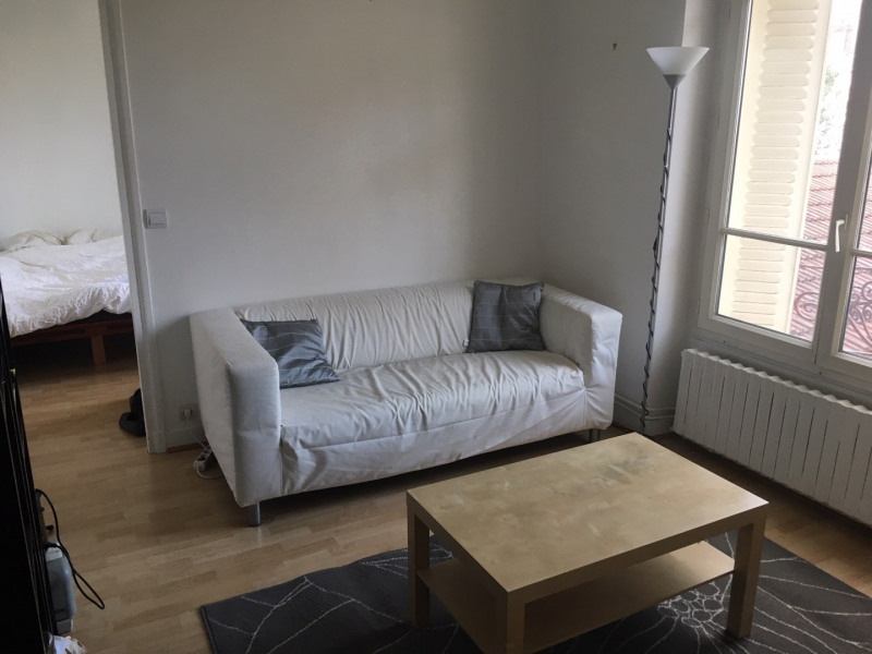 Rental apartment Villejuif 737€ CC - Picture 1