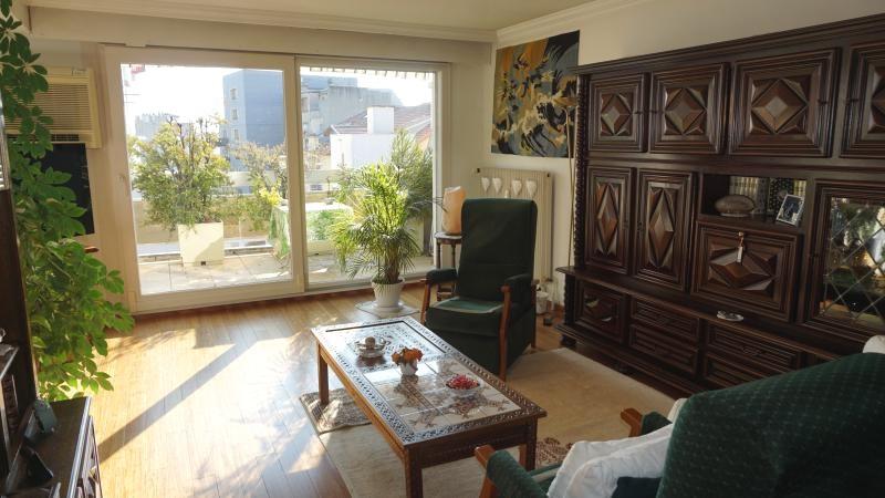 Sale apartment Annemasse 299000€ - Picture 2