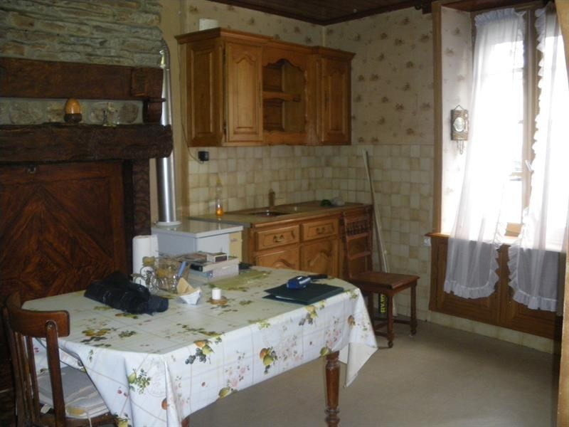 Sale house / villa Pleugueneuc 58860€ - Picture 2