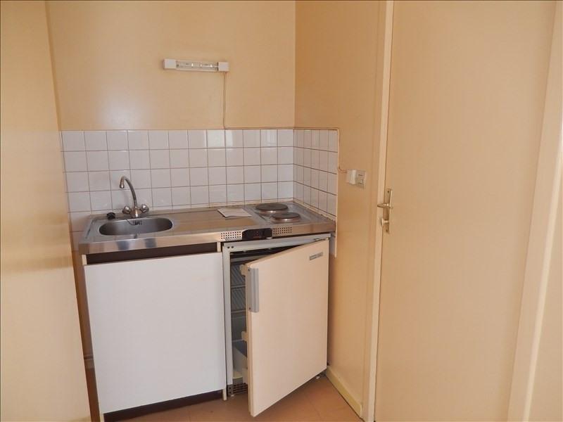 Rental apartment Langeac 245,79€ CC - Picture 4
