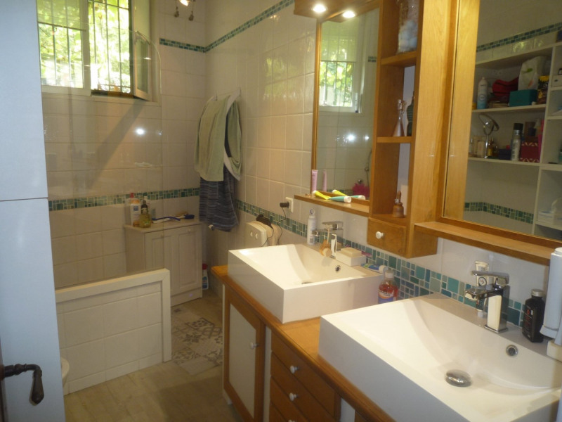 Sale house / villa Orange 249 900€ - Picture 9