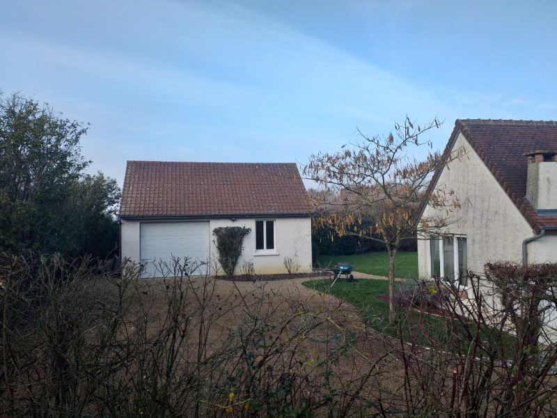 Sale house / villa La chartre sur le loir 241000€ - Picture 9