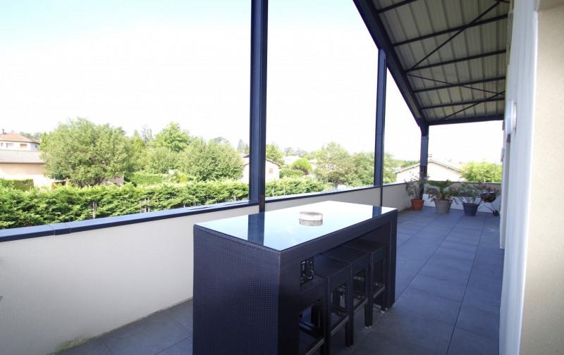Deluxe sale apartment Brindas 565000€ - Picture 2