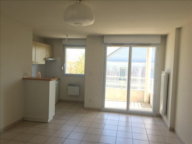 Rental apartment Vendome 442€ CC - Picture 2