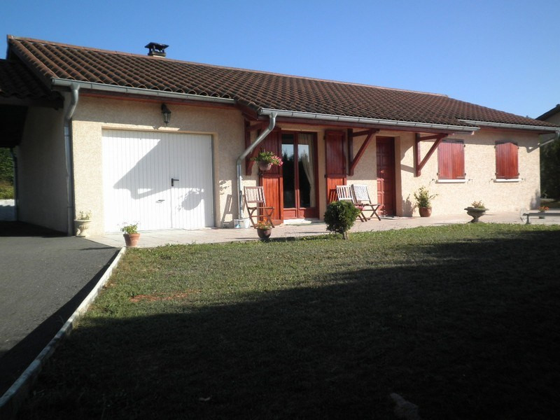 Sale house / villa Villeneuve de marc 235 000€ - Picture 1
