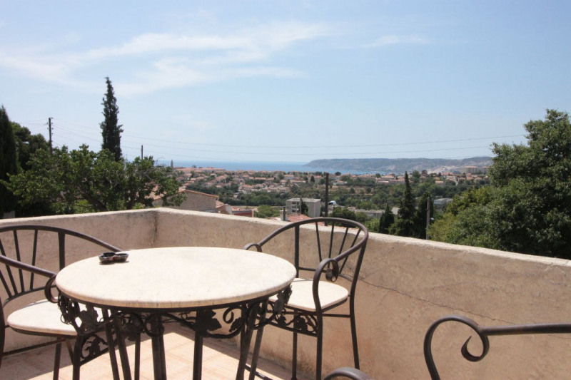 Sale house / villa Marseille 399000€ - Picture 1