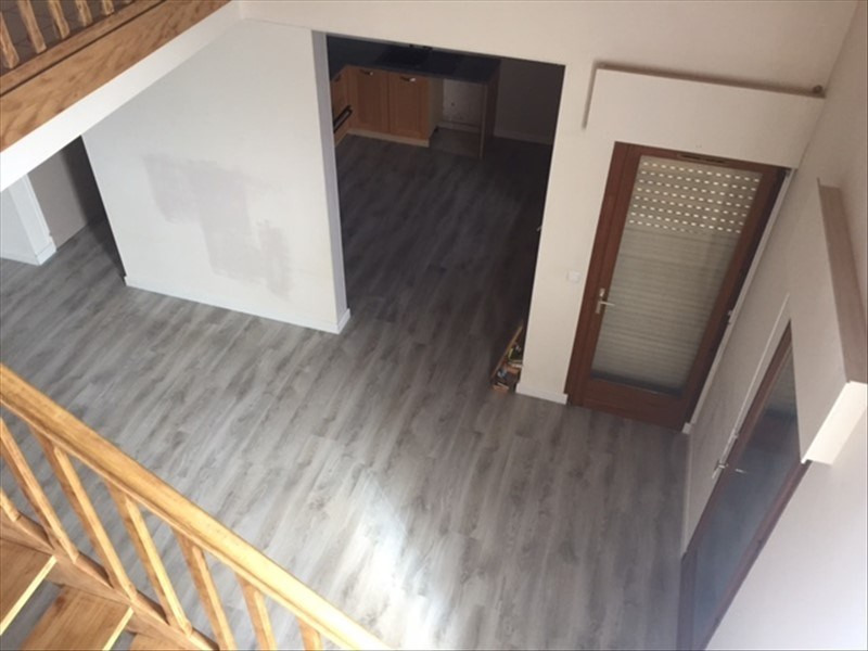 Rental apartment Reignier-esery 1110€ CC - Picture 3