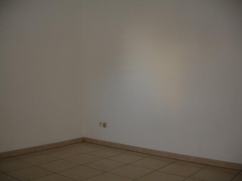 Location appartement Ste clotilde 800€ CC - Photo 6