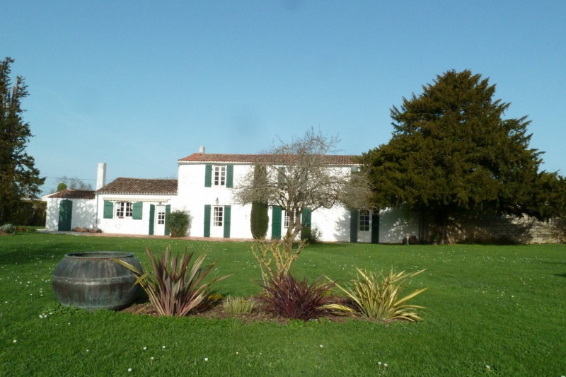 Revenda residencial de prestígio casa Croix chapeau 561600€ - Fotografia 1