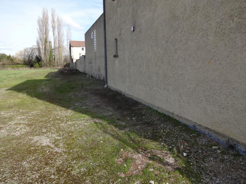 Rental apartment Entraigues sur la sorgue 504€ CC - Picture 2