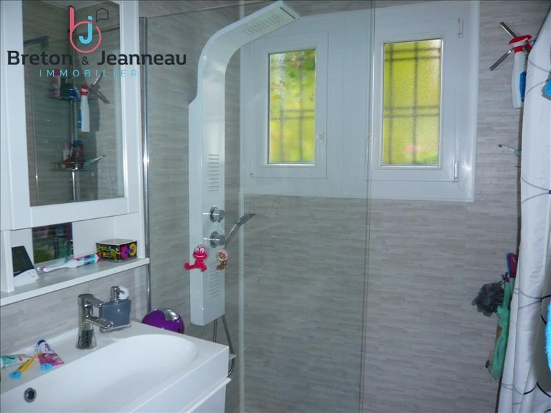 Sale house / villa Loiron 166400€ - Picture 5