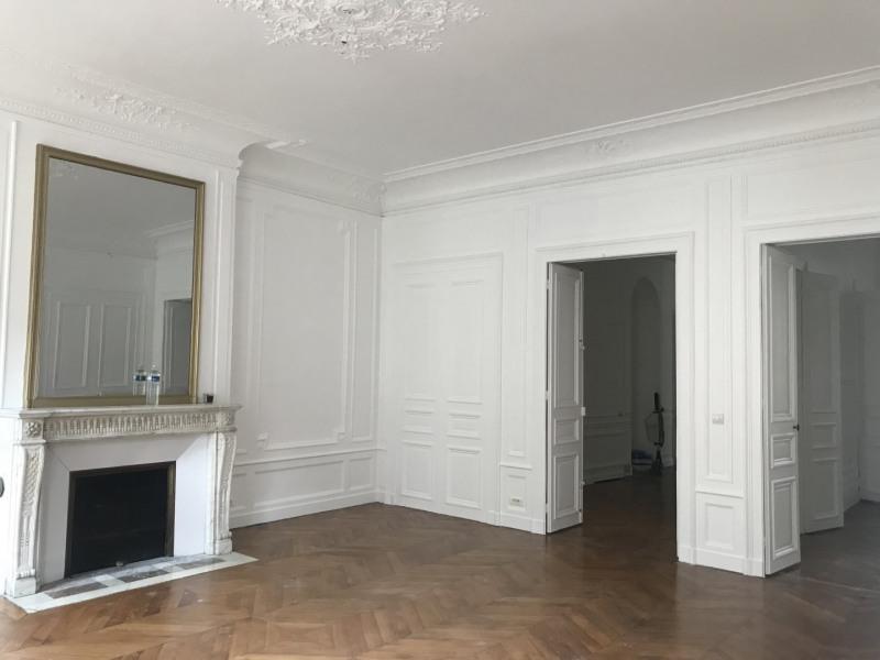 Rental apartment Paris 8ème 7000€ CC - Picture 7