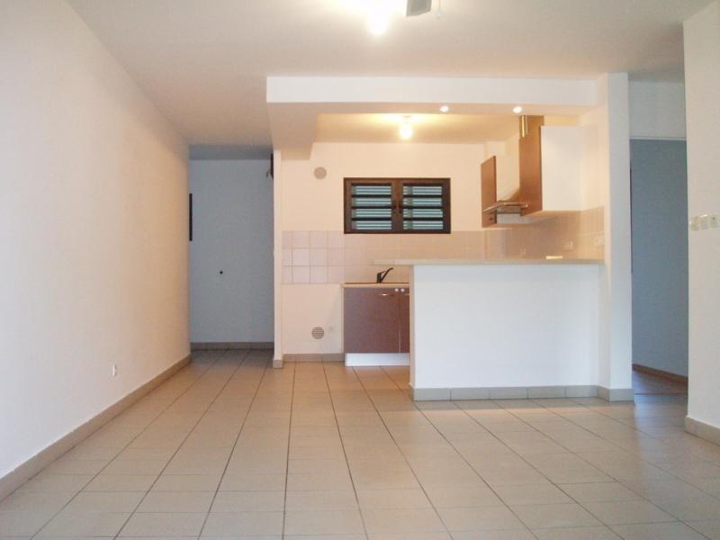 Vente appartement St pierre 180200€ - Photo 2