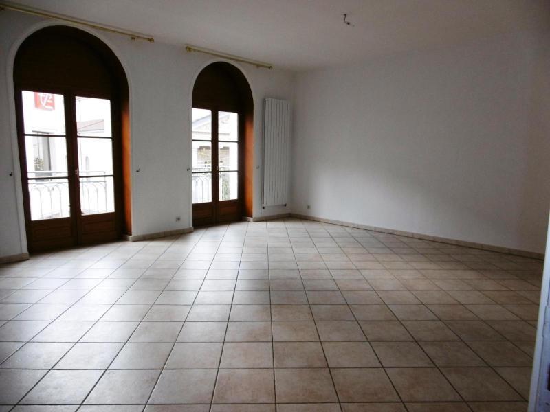 Location appartement Tarare 740€ CC - Photo 1