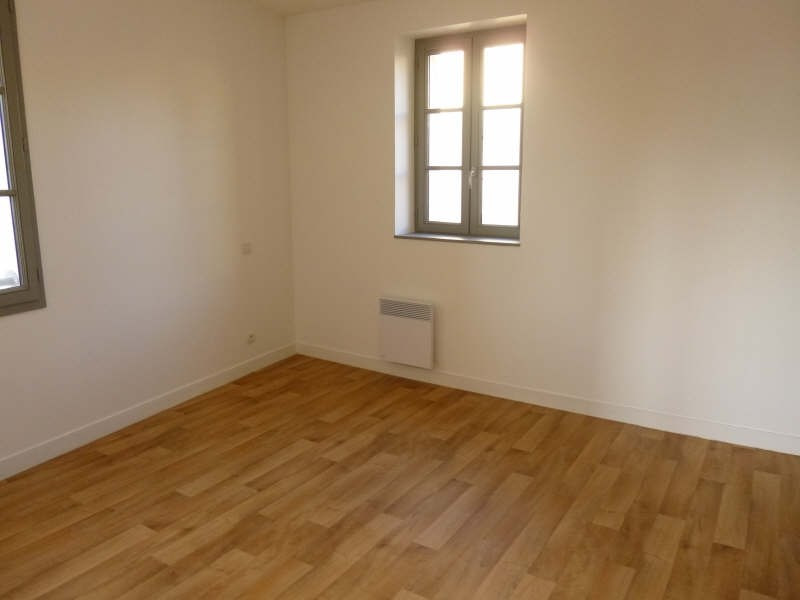Rental apartment Poitiers 779€ CC - Picture 3