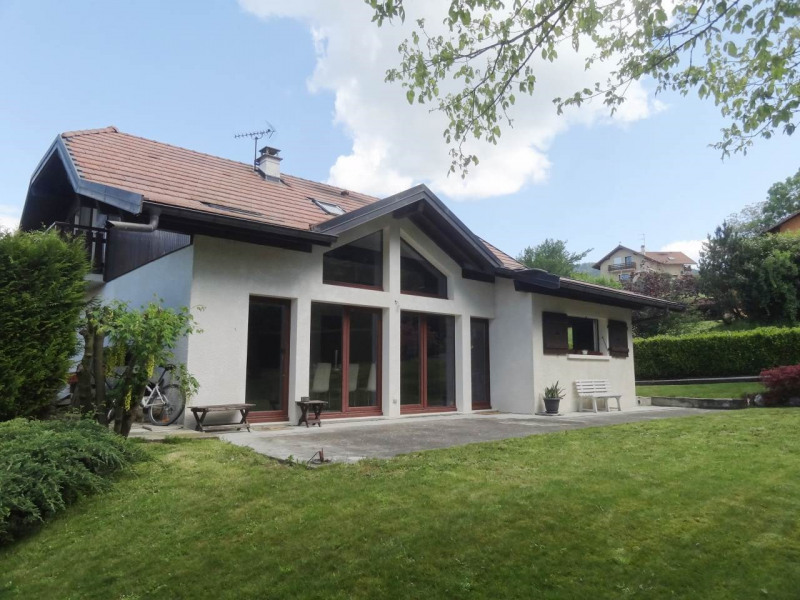 Deluxe sale house / villa Fillinges 590 000€ - Picture 1