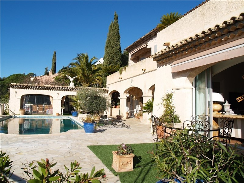 Deluxe sale house / villa Les issambres 1470000€ - Picture 3