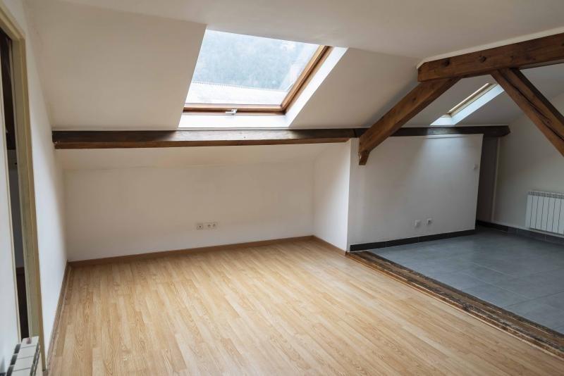 Location appartement Nantua 333€ CC - Photo 1
