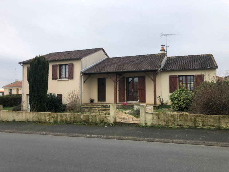 Sale house / villa La poiteviniere 143480€ - Picture 1