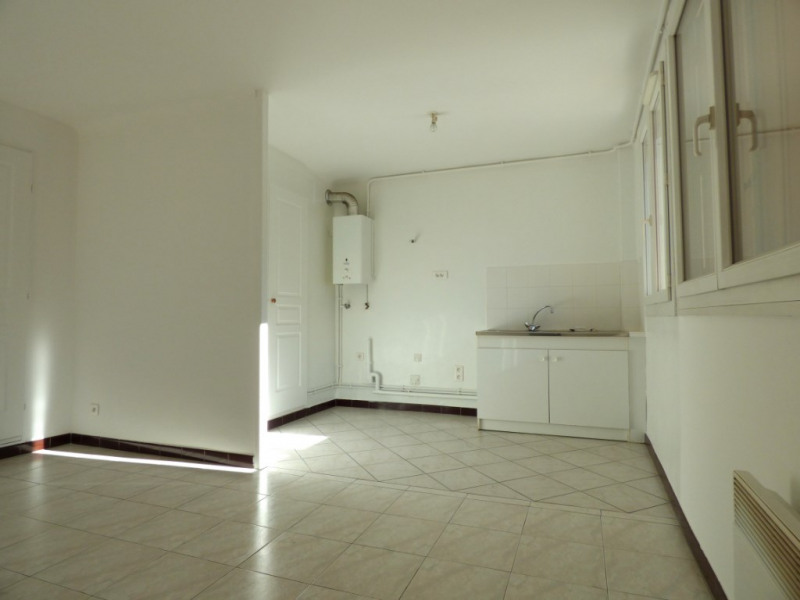 Sale apartment Marseille 4ème 98 000€ - Picture 3