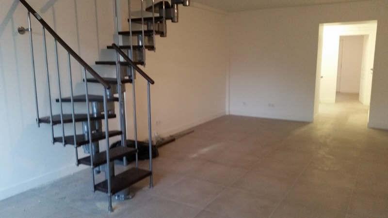 Sale house / villa Montfort l amaury 271000€ - Picture 2