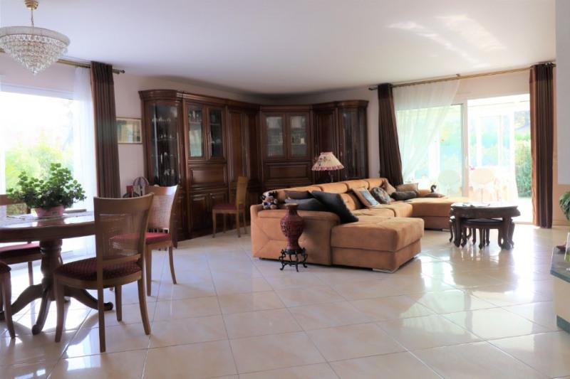 Sale house / villa Gan 320000€ - Picture 3