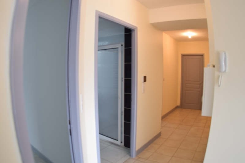 Rental apartment Panazol 750€ CC - Picture 5