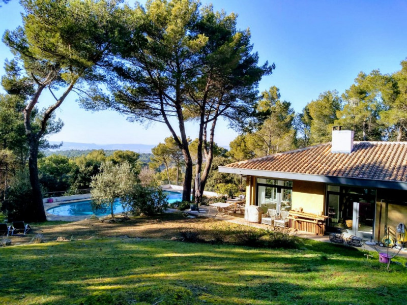 Deluxe sale house / villa Bouc bel air 890 000€ - Picture 1